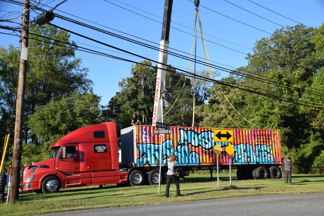container-on-truck